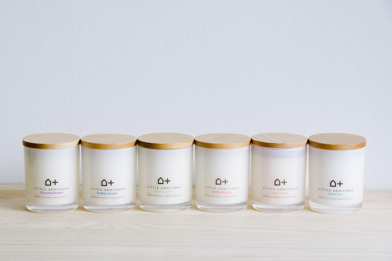 candle-product-shot